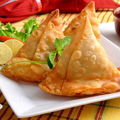 Vegetable Samosa (2 Pieces)