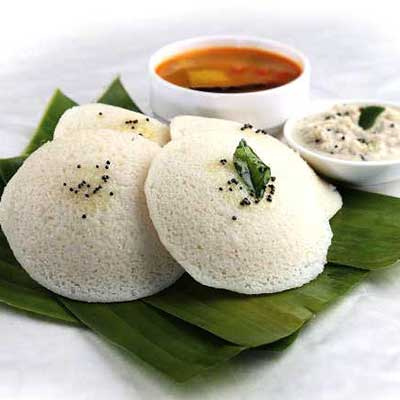Idli Sambar (3 Pieces)